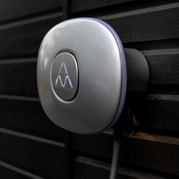 Charge Amps Halo på vägg